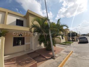 Casa En Ventaen Cabudare, Trapiche Villas, Venezuela, VE RAH: 21-22114