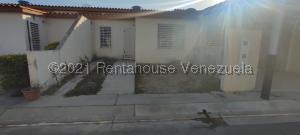 Casa En Ventaen Cabudare, El Amanecer, Venezuela, VE RAH: 21-22169