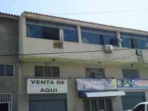 Apartamento En Ventaen Higuerote, Higuerote, Venezuela, VE RAH: 21-22105