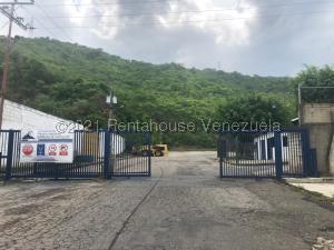 Galpon - Deposito En Ventaen Municipio San Diego, Terrazas De Castillito, Venezuela, VE RAH: 21-22161