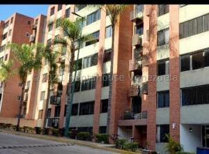 Apartamento En Ventaen Caracas, Los Naranjos Humboldt, Venezuela, VE RAH: 21-22126