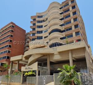 Apartamento En Ventaen Lecheria, Calle Arismendi, Venezuela, VE RAH: 21-22231