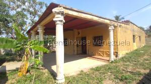 Casa En Ventaen Yaritagua, Municipio Peña, Venezuela, VE RAH: 21-22149