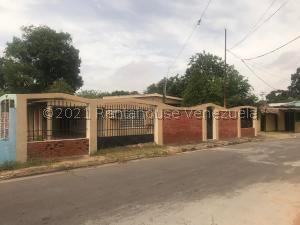 Casa En Ventaen Ciudad Bolivar, La Sabanita, Venezuela, VE RAH: 21-22155