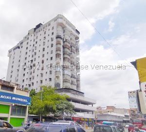 Apartamento En Ventaen Maracay, Zona Centro, Venezuela, VE RAH: 21-22166