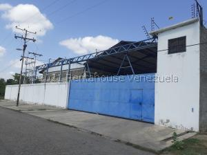 Galpon - Deposito En Alquileren Santa Cruz De Aragua, Zona Industrial San Crispin, Venezuela, VE RAH: 21-22175