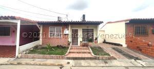 Casa En Ventaen Cabudare, Tierra Del Sol, Venezuela, VE RAH: 21-22257