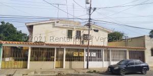 Casa En Ventaen Carora, Municipio Torres, Venezuela, VE RAH: 21-22265