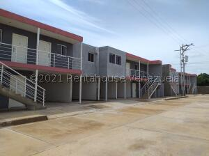 Apartamento En Ventaen Coro, Centro, Venezuela, VE RAH: 21-22270