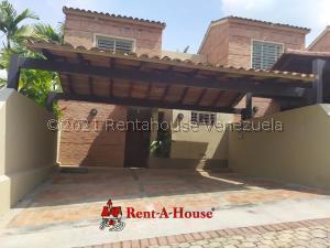 Townhouse En Alquileren Valencia, Altos De Guataparo, Venezuela, VE RAH: 21-22303
