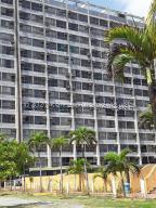 Apartamento En Ventaen Higuerote, Ciudad Balneario Higuerote, Venezuela, VE RAH: 21-22305