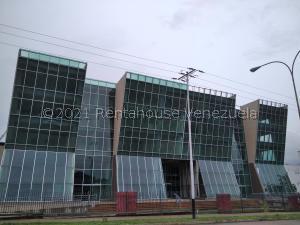 Local Comercial En Ventaen Municipio San Diego, La Esmeralda, Venezuela, VE RAH: 21-24146