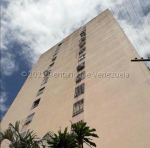 Apartamento En Ventaen La Victoria, El Recreo, Venezuela, VE RAH: 21-22319
