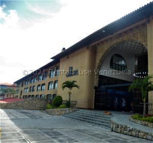 En Ventaen San Antonio De Los Altos, La Rosaleda, Venezuela, VE RAH: 21-10907