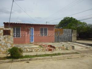Casa En Ventaen Barquisimeto, Parroquia El Cuji, Venezuela, VE RAH: 21-22361