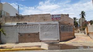 Local Comercial En Ventaen Maracaibo, Calle 72, Venezuela, VE RAH: 21-22372