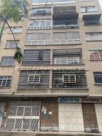 Apartamento En Ventaen Caracas, San Bernardino, Venezuela, VE RAH: 21-22380