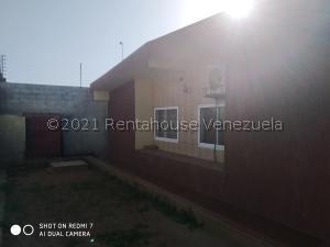 Casa En Ventaen Ciudad Ojeda, Campo Elias, Venezuela, VE RAH: 21-22689