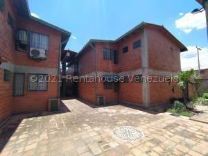 Apartamento En Ventaen Turmero, La Laguna Ii, Venezuela, VE RAH: 21-22540