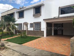 Casa En Ventaen Valencia, Parque Mirador, Venezuela, VE RAH: 21-22418