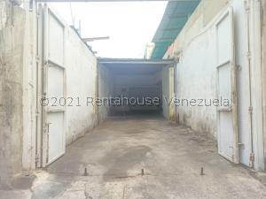 Local Comercial En Ventaen Catia La Mar, La Atlantida, Venezuela, VE RAH: 21-22475