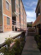 Apartamento En Ventaen La Guaira, Sector Las Quince Letras, Venezuela, VE RAH: 21-22479