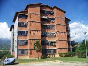 Apartamento En Ventaen Guarenas, Nueva Casarapa, Venezuela, VE RAH: 21-22498