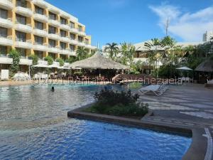 Apartamento En Ventaen Margarita, Costa Azul, Venezuela, VE RAH: 21-22537