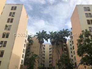 Apartamento En Ventaen Municipio Naguanagua, Carialinda, Venezuela, VE RAH: 21-22571