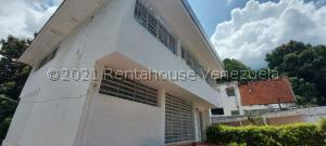 Casa En Ventaen Caracas, Santa Eduvigis, Venezuela, VE RAH: 21-153