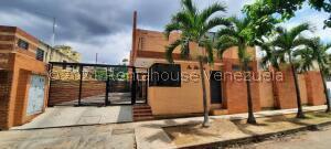 Townhouse En Ventaen Valencia, Prebo I, Venezuela, VE RAH: 21-22568