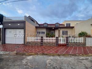 Casa En Ventaen Maracaibo, Santa Fe, Venezuela, VE RAH: 21-22716