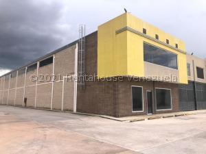 Galpon - Deposito En Ventaen Municipio San Diego, Castillito, Venezuela, VE RAH: 21-22617