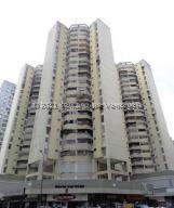 Apartamento En Ventaen Caracas, Parroquia La Candelaria, Venezuela, VE RAH: 21-22632