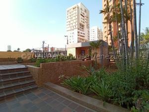 Apartamento En Ventaen Maracaibo, La Lago, Venezuela, VE RAH: 21-22630