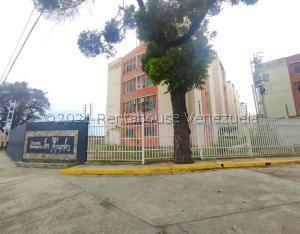 Apartamento En Ventaen Turmero, Conjunto Residencial Los Angeles, Venezuela, VE RAH: 21-22635