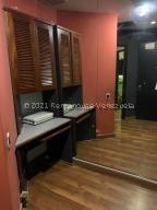 Local Comercial En Alquileren Caracas, Prados Del Este, Venezuela, VE RAH: 21-22648