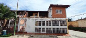 Casa En Ventaen Maracay, Santa Rita, Venezuela, VE RAH: 21-22647