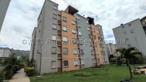 Apartamento En Ventaen Municipio San Diego, Terrazas De San Diego, Venezuela, VE RAH: 21-22658