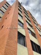 Apartamento En Ventaen Caracas, Los Naranjos Humboldt, Venezuela, VE RAH: 21-22955