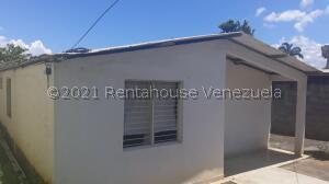 Casa En Ventaen Cabudare, Parroquia José Gregorio, Venezuela, VE RAH: 21-22695