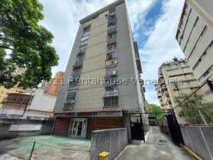 Apartamento En Ventaen Caracas, El Paraiso, Venezuela, VE RAH: 21-22694