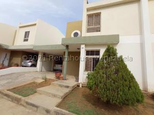Townhouse En Ventaen Maracaibo, Monte Bello, Venezuela, VE RAH: 21-22753