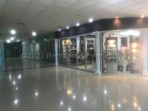 Local Comercial En Ventaen Punto Fijo, Santa Irene, Venezuela, VE RAH: 21-22999