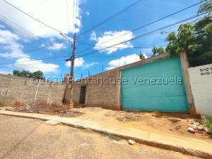 Galpon - Deposito En Ventaen Maracaibo, Valle Frio, Venezuela, VE RAH: 21-22816