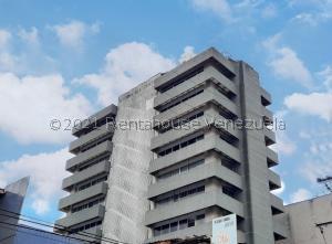 Oficina En Ventaen Maracay, Zona Centro, Venezuela, VE RAH: 21-22824