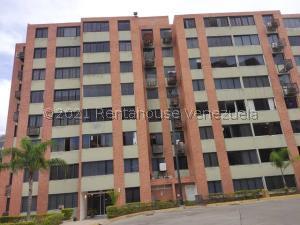 Apartamento En Ventaen Caracas, Los Naranjos Humboldt, Venezuela, VE RAH: 21-22821