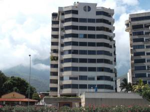 Apartamento En Ventaen Parroquia Caraballeda, Los Corales, Venezuela, VE RAH: 21-22831