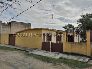 Casa En Ventaen Maracay, Las Acacias, Venezuela, VE RAH: 21-22835