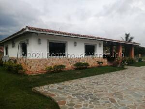 Casa En Ventaen Municipio Libertador, Safari Carabobo, Venezuela, VE RAH: 21-22983